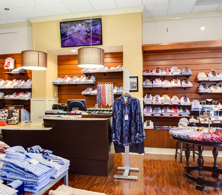 <strong>Geno's Clothiers<br/>Leawood, Kansas</strong><br/>