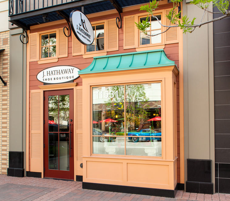 <strong>J. Hathaway Shoe Boutique<br/>Leawood, Kansas</strong><br/>